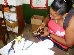 Education for Success Short Vocational Courses 2012: Domestic Electricity 1 (FADCANIC) Tags: nicaragua williamscollege lagunadeperlas saih unanlen fadcanic pearllagoonacademyofexcellence indigenousandafrodescendents