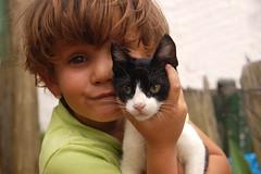 Pierina (FotoJota ~ Juan Manuel Sancho) Tags: portrait girl kids cat kid soft little innocent young innocence