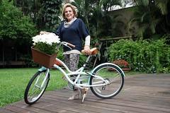 Bebel Ferreira e sua bicicleta (Portal Bbel) Tags: bbel bebelferreira