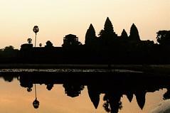 Monuments cambodgiens Globalong (infoglobalong) Tags: temple cambodge asie enfants cultures aide bouddhisme ducation soutien bnvolat enseignement bnvoles volontaires handicaps volontariat globalong humanitariat