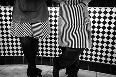 Restaurant (Claudio Vieira Rocha) Tags: blackandwhite bw streetphotography pb 39 pretoebranco blackandwhitephotography streetphotographybw streetphotobw fujifilmx100 hifiphotographia hificlaudiovrocha