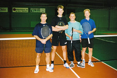 Nicke, Magnus, Sylvester och Krstian 2002 (Michael Erhardsson) Tags: 2002 sylvester tennis erik masters franck magnus revival almgren inomhus tk dubbeltvling backahallen rowinski
