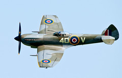 BBMF flypast.. (mickb6265) Tags: battleofbritainmemorialflight bbmf oldwarden xvie theshuttleworthcollection te311 supermarinespitfiremklf flynavyday