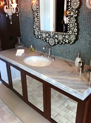 (Haifa Limestone) Tags: blue white green bathroom bathrooms counter sink mosaic gray mosaics haifa sinks backsplash veined haifalimestone