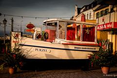 Barco na Calada (antonioigor) Tags: lighting morning boat barco outdoor german amanhecer alemanha manh iluminao canon70d antonioigor rudeshimer