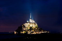 sera a Mont Saint-Michel (scarpace87) Tags: show sea france castle beauty night dark lights nikon mare explore luci lowtide manual fortress normandy castello notte spettacolo buio abbaye abbazia fortezza bassamarea 85mmais d7000