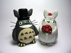 The Happy Totoros (Quernus Crafts) Tags: wedding cute polymerclay totoro commission brideandgroom caketoppers quernuscrafts