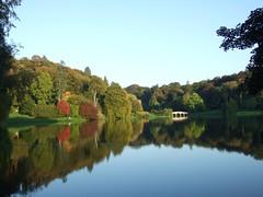 Autumn reflection (Byghan) Tags: lake garden evening view late nationaltrust tranquil stouhead amazingcolours nationaltrustwalk