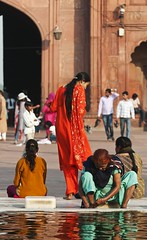 holy waters (Dean Forbes) Tags: india colors pool reflections women delhi mosque jamamashid abigfave