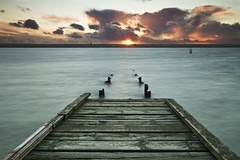 Jetty Sunset (Chrissphotos) Tags: sunset cold canon jetty windy dorset 7d weymouth sigma1020 thefleet 1yearwait