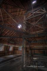 Inside longhouse HDR (Sandro_Lacarbona) Tags: voyage wood trip travel architecture sarawak malaysia backpacker longhouse hdr sandro bois malaisie routard tourdumonde tetedechatcom lacarbona