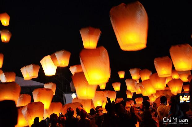 2012平溪天燈節-千燈14.jpg