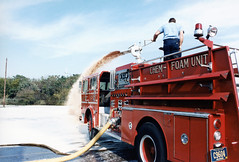 Wilmington Fire Department, Delaware - Engine Company No 7 (1975 Ward Lafrance 1000 gpm, 500 water, 250 foam) (Timothy Wildey) Tags: foam 1975 delaware wfd wardlafrance wilmingtonfiredepartment cityofwilmington nationalfoam wilmingtonbureauoffire engineco7 engineco9 chemicalfoamunit wfd7