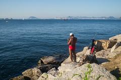 """Fishing with style"" Praia do Flamengo, Rio de Janeiro, Brasil (VECTORINO) Tags: leica brazil people praia brasil riodejaneiro streetphotography brasileiro flamengo povo leicam262"