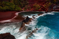 Kaihalulu Bay, Red Sand Beach, Maui (brandon.vincent) Tags: ocean blue red beach water canon island bay sand long exposure pacific cove turquoise maui lee nd tropical kaihalulu gnd ftiler