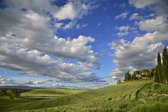 Spring in Leonina, Asciano (Antonio Cinotti ) Tags: italy primavera clouds landscape spring nikon italia nuvole hills tuscany siena toscana rollinghills paesaggio colline cretesenesi asciano leonina campagnatoscana d7100 nikon1685 nikond7100