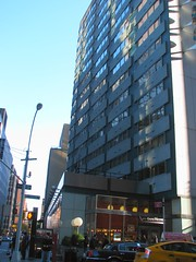 Doubletree Hotel, Lexington Ave. (Dan_DC) Tags: newyorkcity architecture modern hotel manhattan modernism midtown doubletree lexingtonave morrislapidus
