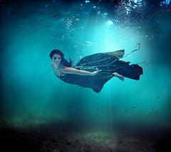 Birgitta Haukdal (LalliSig) Tags: blue portrait musician fish motion green art swimming iceland movement underwater album bubbles advertisement portraiture singer songwriter birgitta haukdal