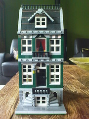 Custom Modular Building (Jeroen_K) Tags: street pet building green shop corner fire cafe lego market grand modular custom emporium grocer brigade