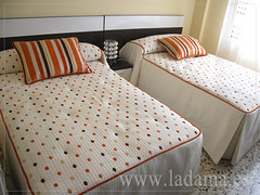 "Dormitorios infantiles en La Dama Decoración • <a style=""font-size:0.8em;"" href=""https://www.flickr.com/photos/67662386@N08/6478241755/"" target=""_blank"">View on Flickr</a>"