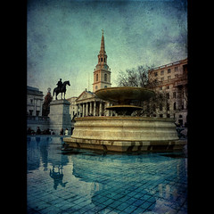 Twilight at Trafalgar square