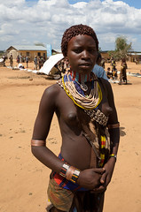 Hamer Girl (sillie_R) Tags: woman market ethiopia hamer banna