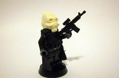 Half Life 2 Civil Protection Officer (The Brick Guy) Tags: lego arc trenchcoat hazel halflife2 valve custom orrange asskicking crowbar gordonfreeman minifigure brickarms amazingarmory minifigcat nightmaresystems combinesoldier untiedarmory