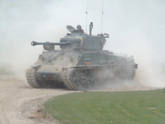 Sherman in action at Bovington tank museum (Coolcats100) Tags: travel museum magazine fuji tank action finepix s9500 tanks pfb bovington bovingtontankmuseum finepixs9500 shermen pfbmag pfbmagazine