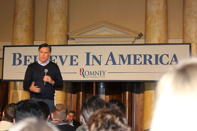 Romney campaigns in Iowa