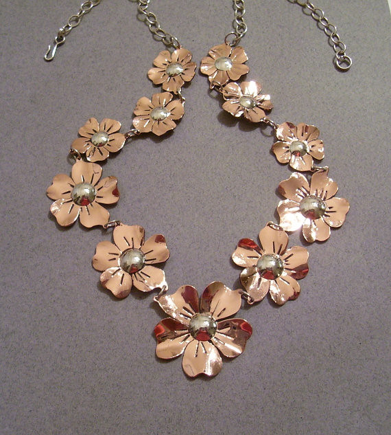 Chain of Flowers Mixed Metals Necklace