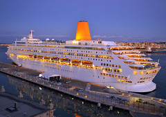 Oriana (albireo2006) Tags: blue sea wallpaper reflection water yellow night wow mediterranean ship background malta po cruiseship funnel oriana liner valletta cruiseliner grandharbour kartpostal pocruises totalphoto v18 mvoriana valletta2018