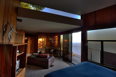 Post Ranch Inn (Daniel J. Mueller) Tags: ocean california wood blue usa window hotel big bed fireplace pacific deck sofa sur hdr postranchinn 7xp d3s
