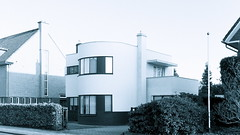 Camille de Smet House & Architects Office 1930-1931 (iBSSR who loves comments on his images) Tags: bw white house black holland building heritage apple window monument dutch architecture modern century 1931 concrete casa office cool contemporary famous modernism style haus architect international futurism 1984 villa desmet restored architektur warhol bauhaus guggenheim minimalism huis residence lecorbusier balcon paysbas aw corbusier modernist 132 niederlande functionalism plastered iphone woning twentieth zuidlimburg architektura woonhuis heerlen hoensbroek functionalist parkstad nieuwebouwen min2max garageneinfahrt interwar iphone4 prewarmodernism camilledesmet cdesmet kouvenderstraat