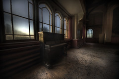 Daybreak at the asylum  :: (andre govia.) Tags: windows building window photo photos decay piano andre creepy sanatorium asylum urbex govia