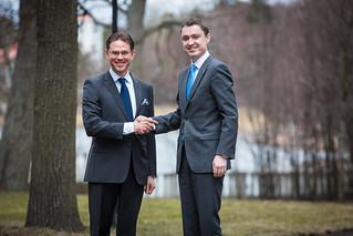 PMI Jyrki Katainen ja PMI Taavi Rõivas tapasivat Kesärannassa 15.4.2014
