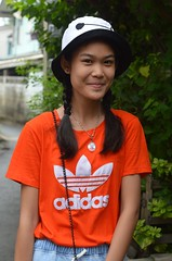 pretty young woman (the foreign photographer - ) Tags: woman hat shirt portraits thailand nikon pretty bangkok young teenager klong addidas bangkhen thanon d3200 apr302016nikon