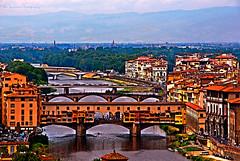 Ponte Vecchio (Hydrocephalus) Tags: bridge italy nikon tuscany firenze toscane pontevecchio posteredges florance d90