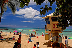 At Kuhio Beach Park (jcc55883) Tags: ocean sky beach clouds hawaii nikon waikiki oahu lifeguard tourists pacificocean waikikibeach d40 kalakauaavenue kuhiobeachpark nikond40