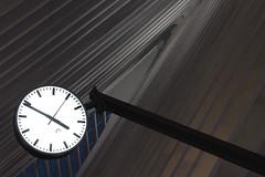 Luik Station Clock (B33tle Juice) Tags: clock trainstation lige guillemins