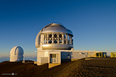 Keck Observatory (andreaskoeberl) Tags: blue sunset gold volcano hawaii evening sand nikon observatory telescope bigisland keck maunakea 1685 canadafrancehawaiitelescope d7000 nikon1685 nikond7000 andreaskoeberl