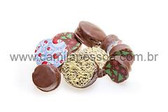 chocomel-002 (Camila Pessoa Chocolates) Tags: natal pirulitos cestas lembrancinhas guirlandas podemel panetones docesfinos produtospersonalizados natal2011