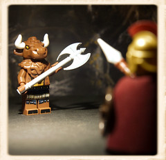 Theseus & the Minotaur (R D L) Tags: greek lego minotaur minifigure theseus