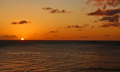 On the Horizon (jcc55883) Tags: ocean sunset sky sun clouds hawaii nikon waikiki oahu horizon pacificocean waikikibeach waikikisunset nikond40d40
