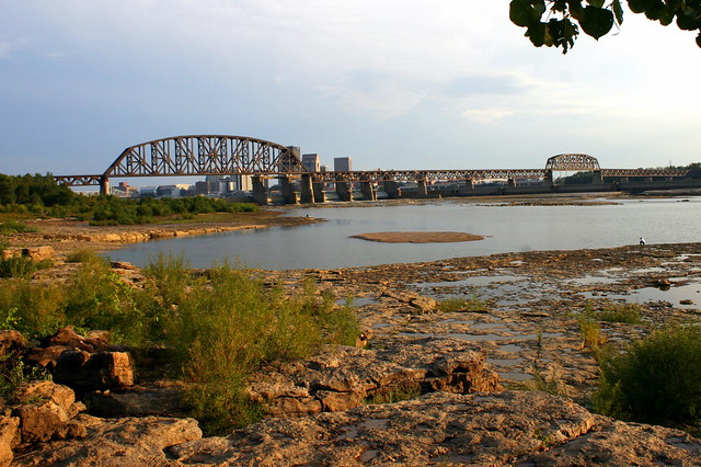 Falls of the Ohio Park and Bridge