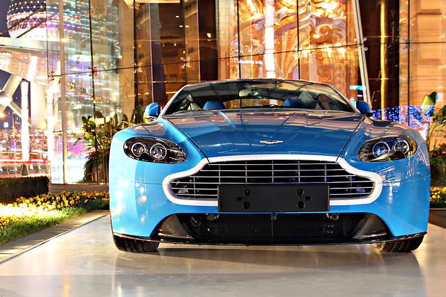 china car night canon automobile shanghai martin s supercar v8 aston vantage 600d saston