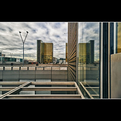 La Bibliothque nationale de France (BNF) (Zed The Dragon) Tags: city bridge light sunset sky paris france building skyline architecture skyscraper photoshop reflections french landscape geotagged effects photography iso200 photo europe flickr cityscape view minolta photos library sony capital best full fave most f90 national bnf frame faves 100 20mm fullframe alpha bibliothque franois reflets postproduction hdr highdynamicrange sal zed 2012 francais lightroom nationale historique effets storia mitterrand parisien favoris 24x36 a850 sonyalpha hpexif 0017sec 100comment dslra850 alpha850 zedthedragon 100coms mosaique2012a