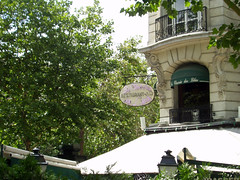 La Closerie des Lilas (timsackton) Tags: paris france building sign architecture restaurant iledefrance avenuedelobservatoire humanmadeobjects