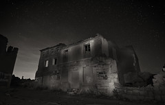 Belchite (Fernando Rico) Tags: longexposure nightphotography abandoned night clouds canon stars spain zaragoza 7d fernando nocturnas rawalpindi belchite