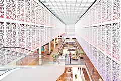 Ornaments & Shopping (Philipp Gtze) Tags: dresden 10mm centrumgalerie
