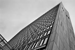 HÖRZU Building (William Veder) Tags: film analog 28mm canona1 ilfordxp2super400